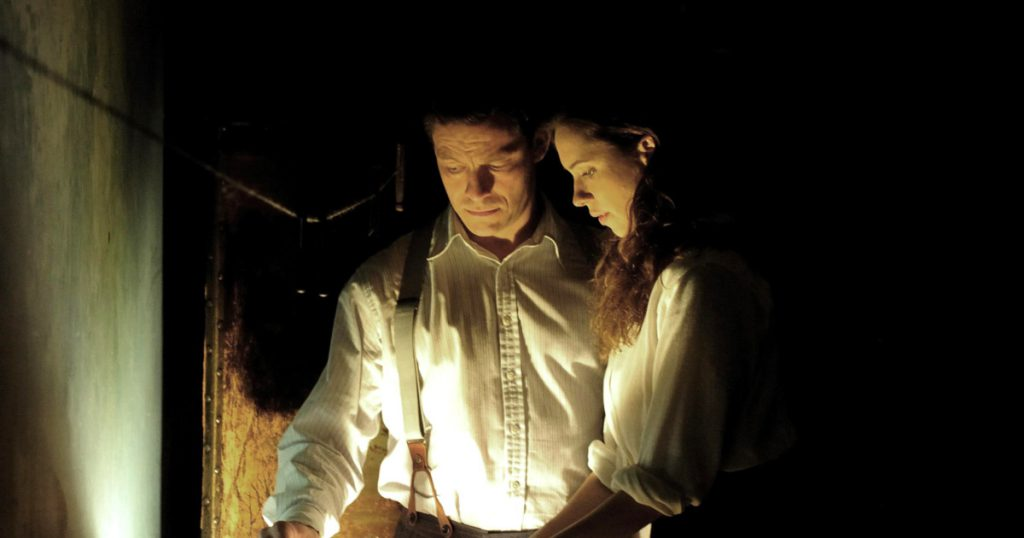 Rebecca Hall and Dominic West in 'The Awakening' (2011)